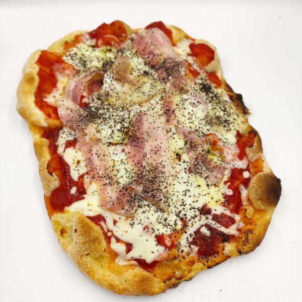 pinsa amatriciana - the Roman pizza