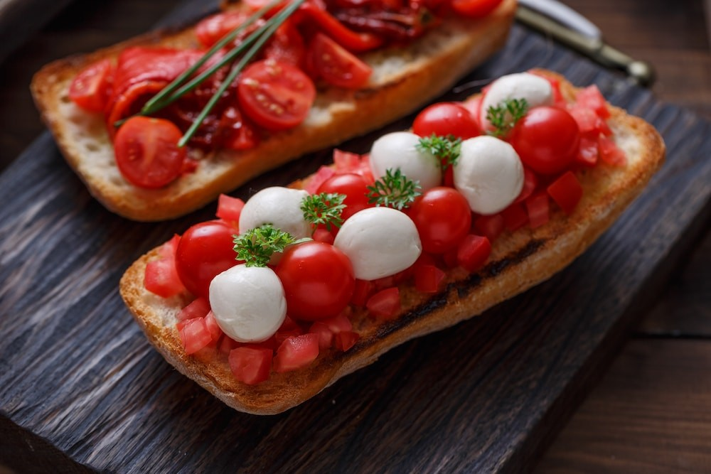 Bruschetta with tomato, basil and mozzarella