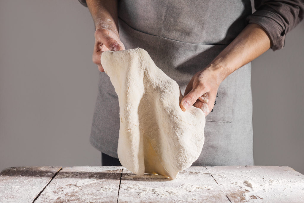 Pinsa Course: Stretching the Pinsa Dough