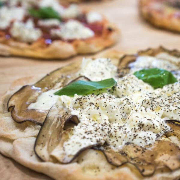 pinsa burrata roman pizza